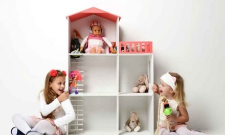 How to Play Baby Dolls